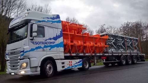 camion plateau transport matière agricole